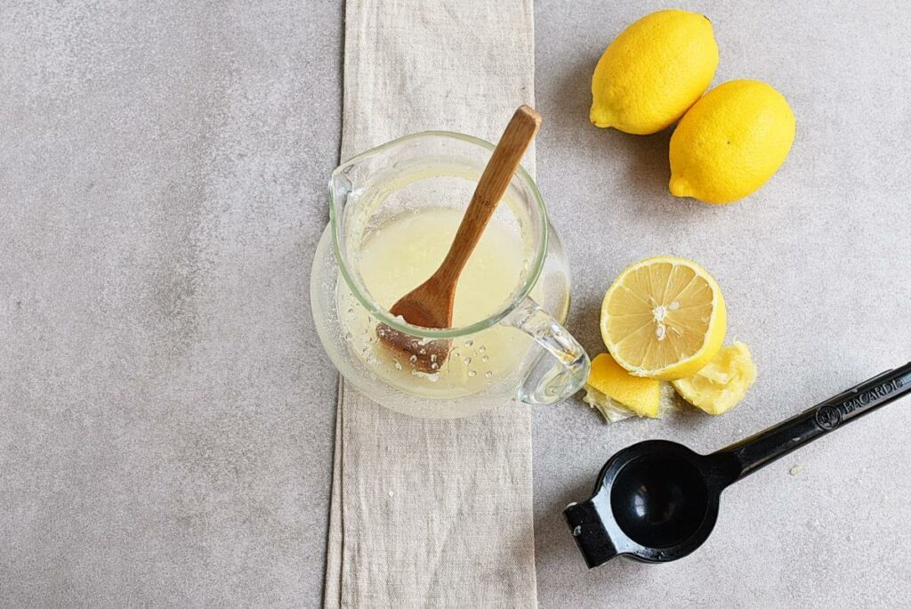 Frosted Lemonade recipe - step 1