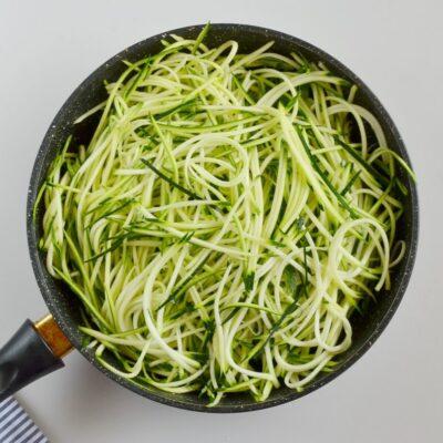 Guilt-Free Garlic Parmesan Zucchini Noodles recipe - step 3