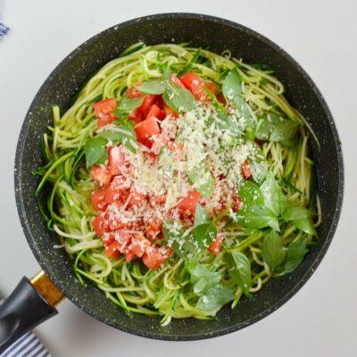 Guilt-Free Garlic Parmesan Zucchini Noodles recipe - step 4