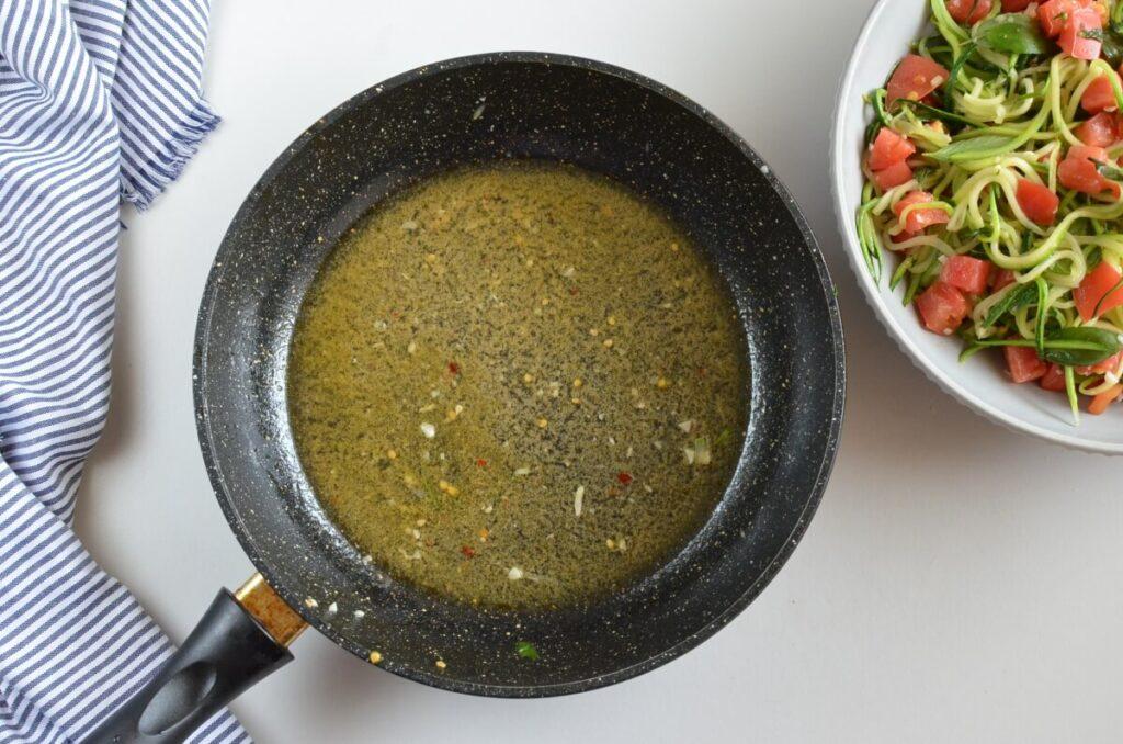 Guilt-Free Garlic Parmesan Zucchini Noodles recipe - step 5
