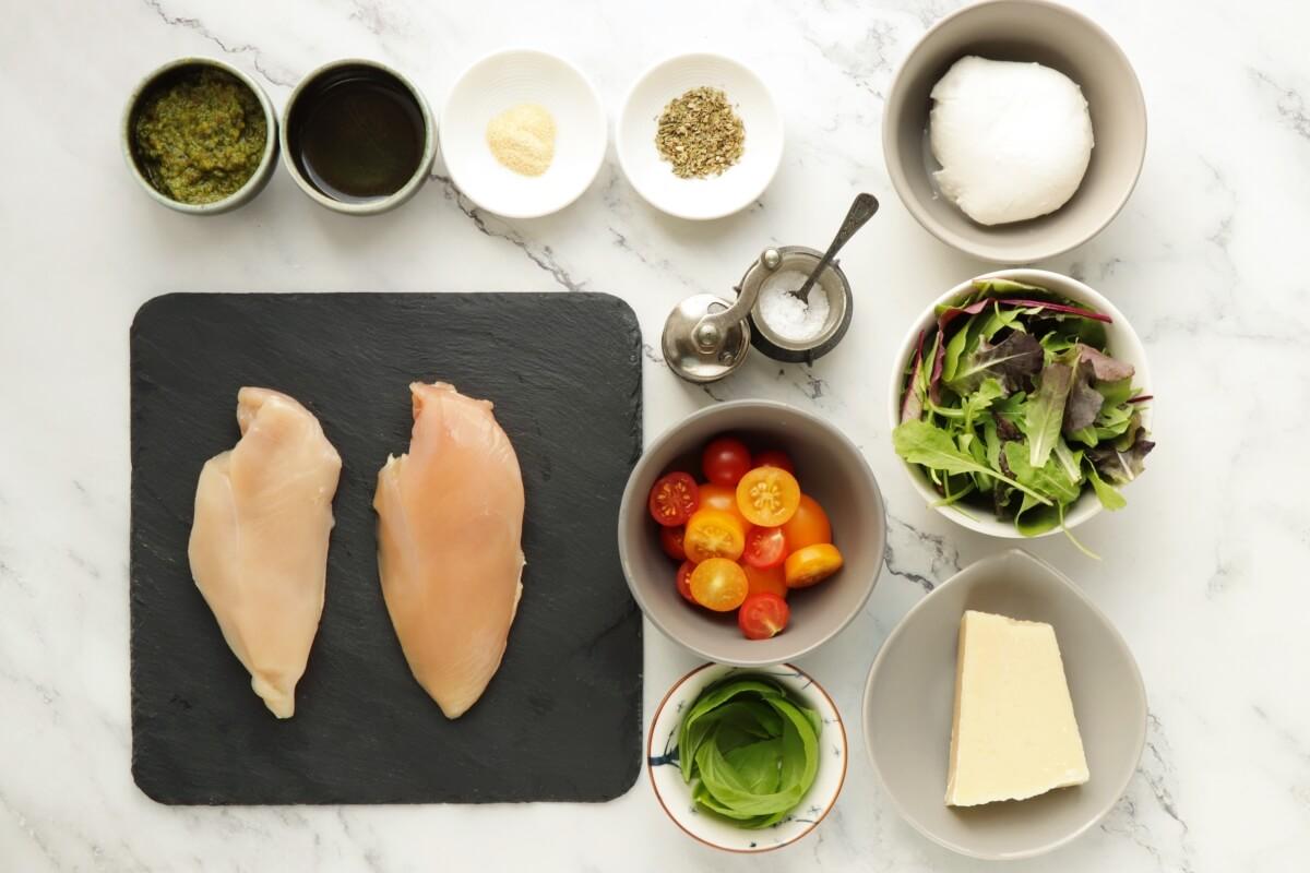 Ingridiens for Keto Chicken Margherita