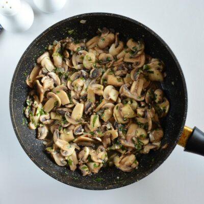 Mushroom Tart with Puff Pastry recipe - step 3