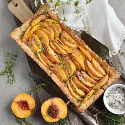 Peach Tart with Thyme Sugar Recipes– Homemade Peach Tart with Thyme Sugar– Easy Peach Tart with Thyme Sugar
