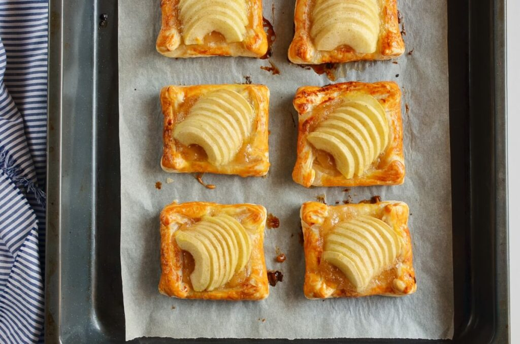 Puff Pastry Apple Tartlets recipe - step 9