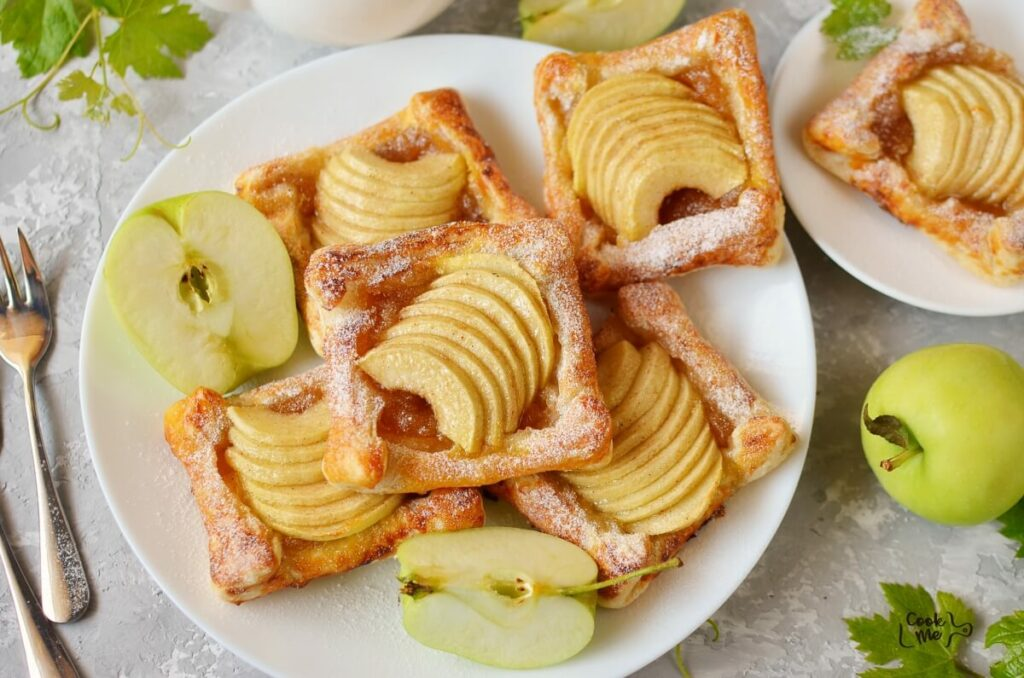 How to serve Puff Pastry Apple Tartlets