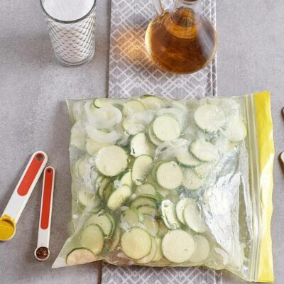 Sweet and Spicy Zucchini Refrigerator Pickles recipe - step 2
