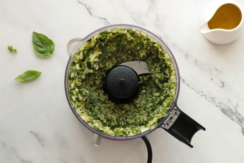Zucchini Pesto recipe - step 2