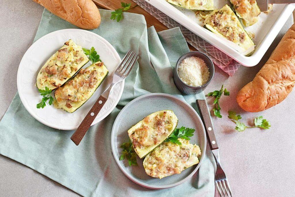 How to serve Zucchini Stuffed with Tuna
