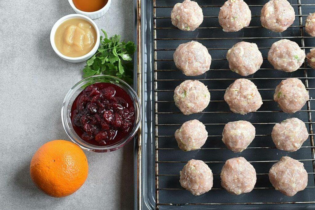 Apple Cranberry Turkey Meatballs recipe - step 3