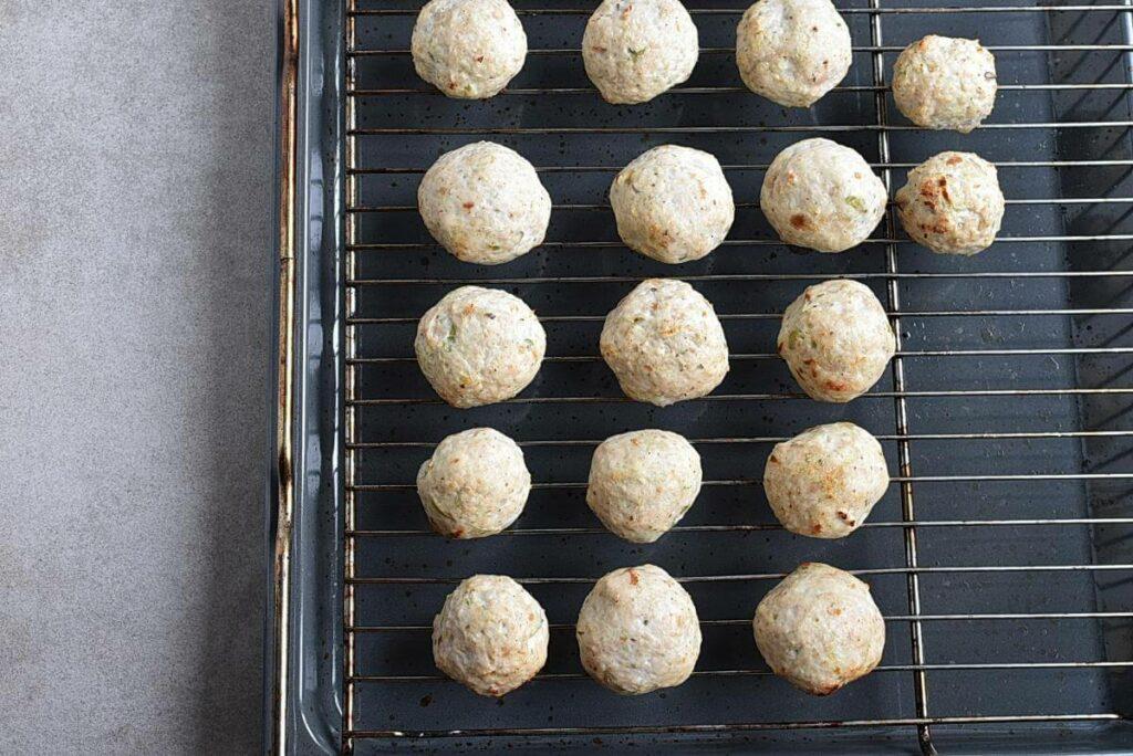 Apple Cranberry Turkey Meatballs recipe - step 4