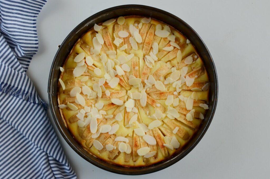 Bavarian Apple Tart recipe - step 7