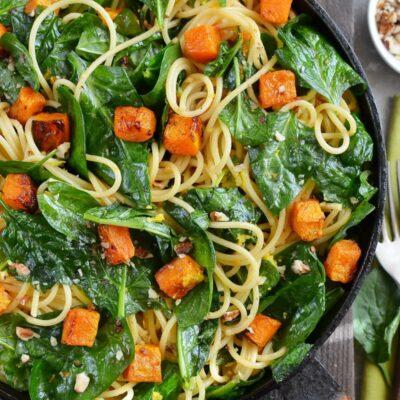 Butternut Squash, Spinach & Walnut Spaghetti Recipe-How To Make Butternut Squash, Spinach & Walnut Spaghetti-Delicious Butternut Squash, Spinach & Walnut Spaghetti