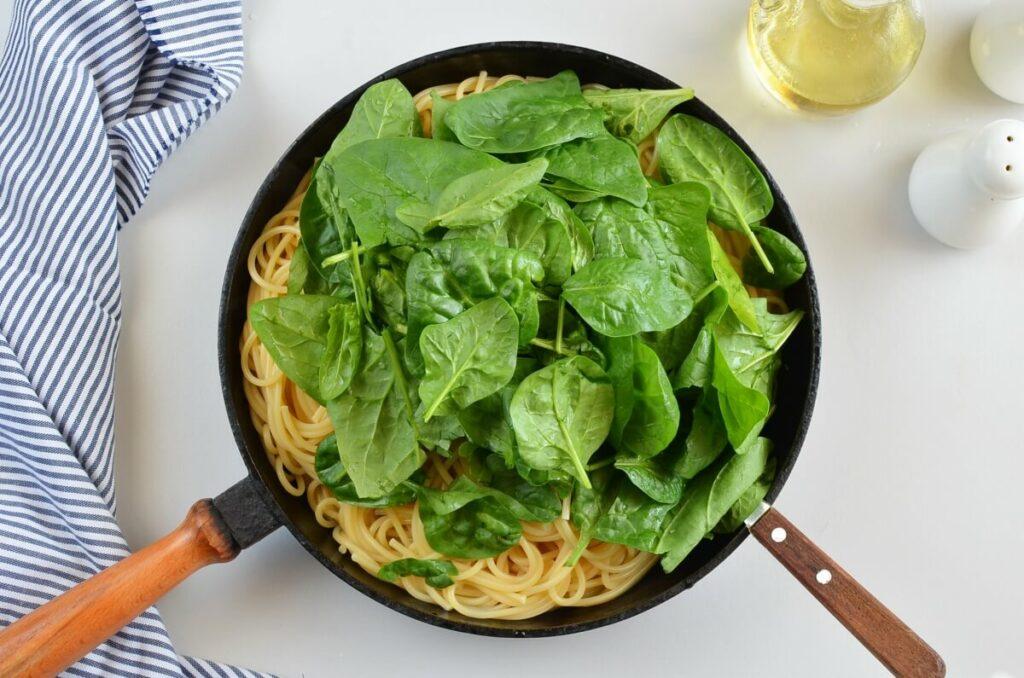 Butternut Squash, Spinach and Walnut Spaghetti recipe - step 7