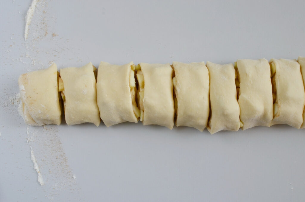 Caramel Apple Cinnamon Rolls recipe - step 7
