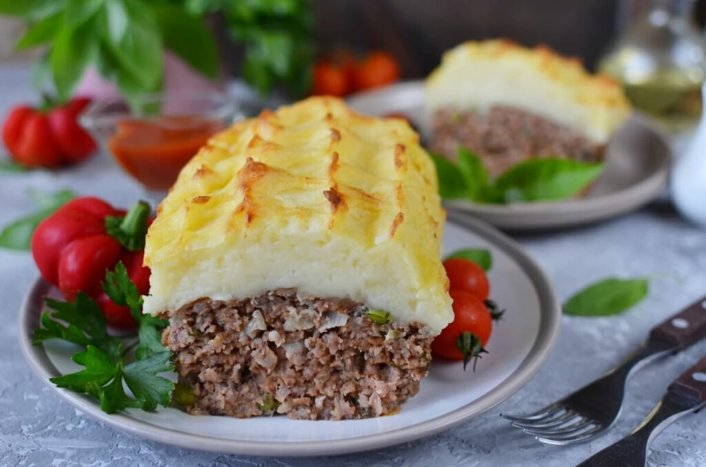 How to serve Cheesy Mash-Topped Meatloaf