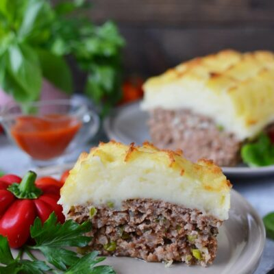 Cheesy Mash-Topped Meatloaf Recipe-How To Make Cheesy Mash-Topped Meatloaf-Delicious Cheesy Mash-Topped Meatloaf
