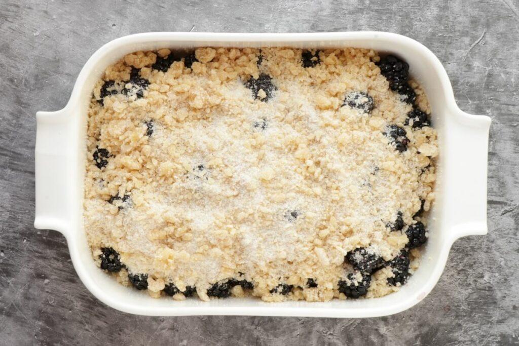 Easy Blackberry Cobbler recipe - step 4