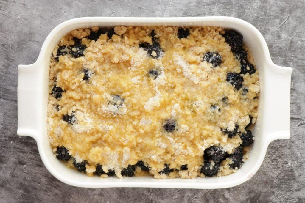 Easy Blackberry Cobbler recipe - step 5