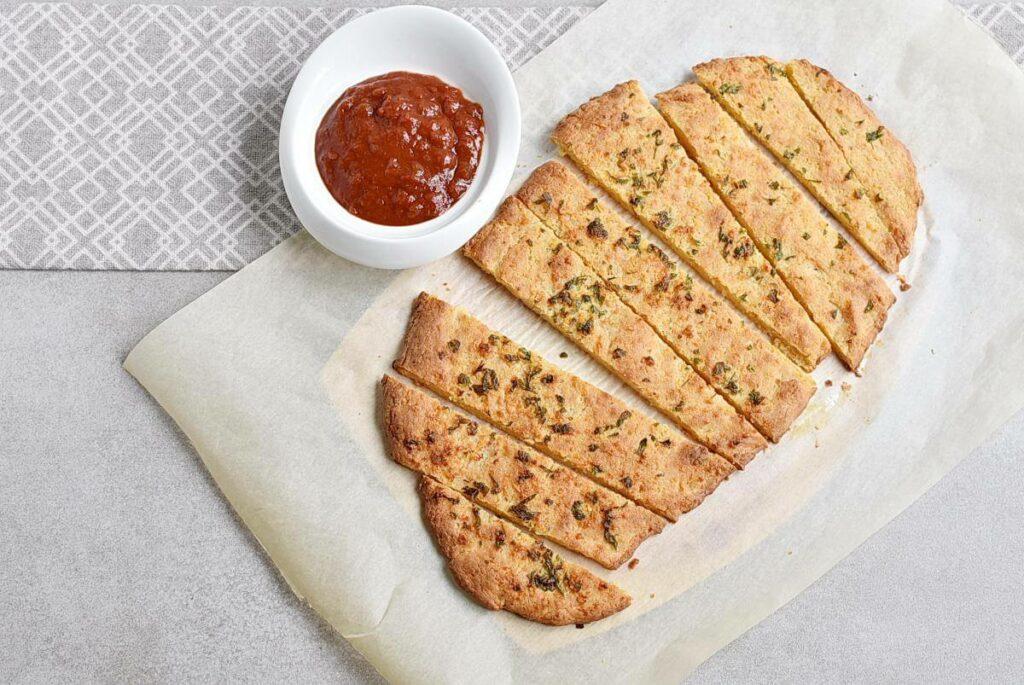 How to serve Keto Garlic Bread