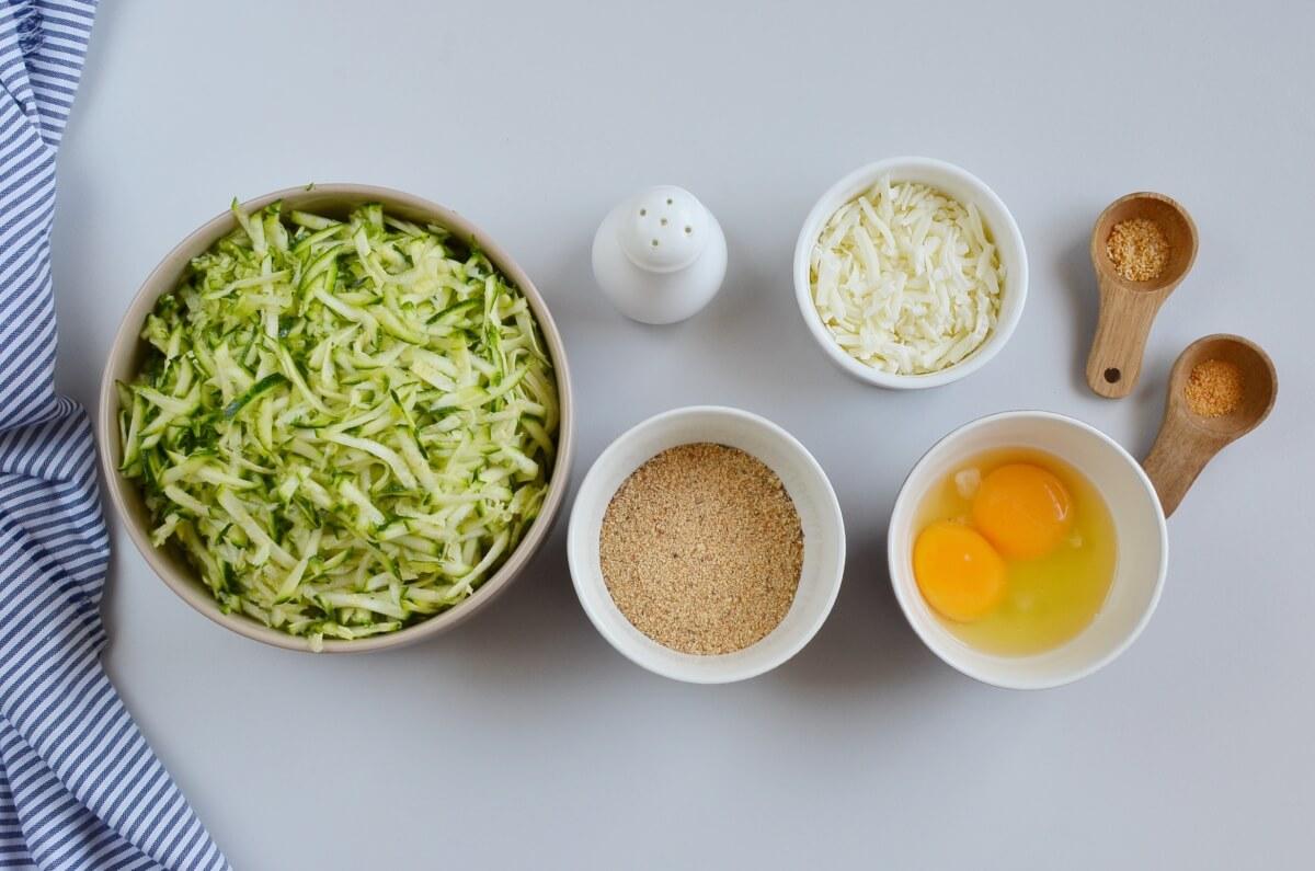 Ingridiens for Keto Zucchini Tortillas