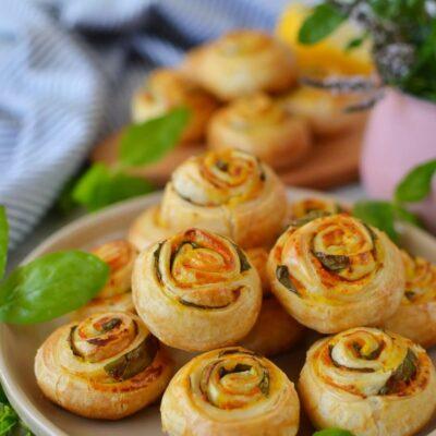 Vegan Pumpkin Basil Pinwheels Recipe-How To Make Vegan Pumpkin Basil Pinwheels-Delicious Vegan Pumpkin Basil Pinwheels