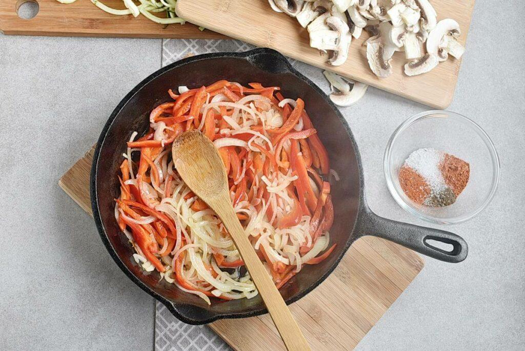 Veggie Fajita Zoodles recipe - step 5