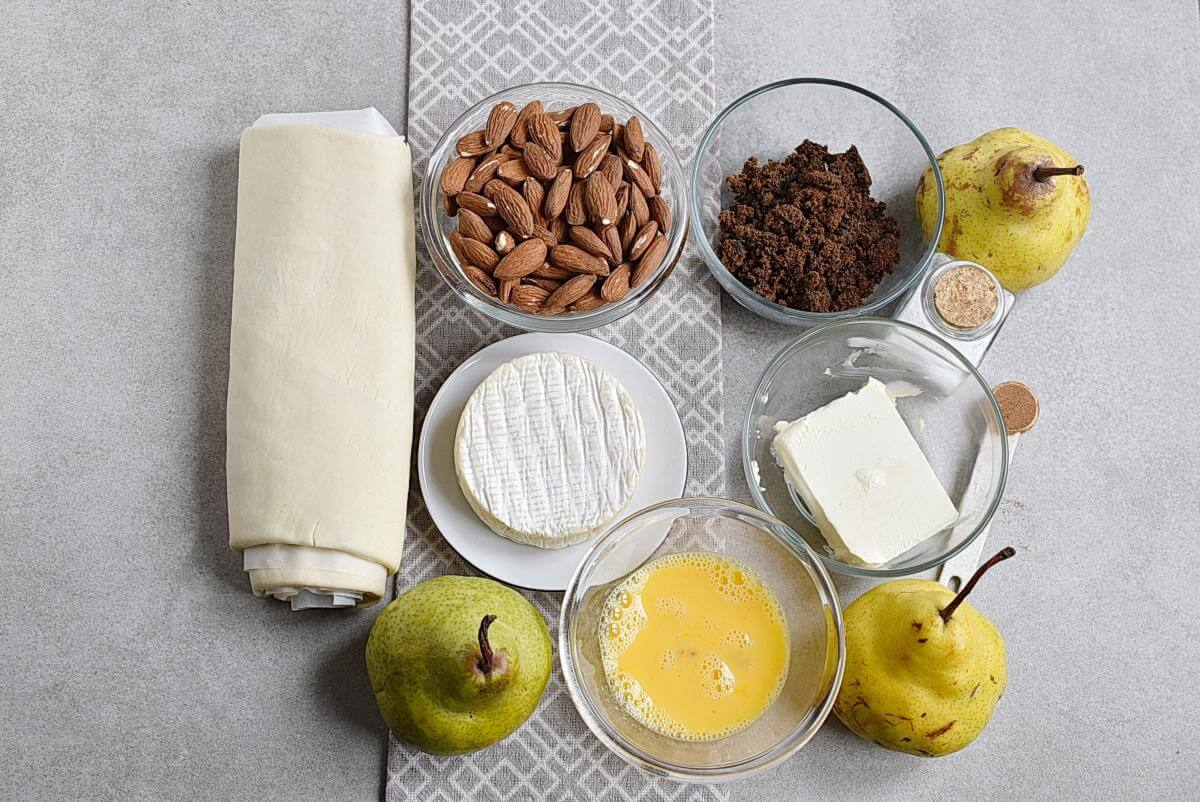 Ingridiens for Baked Pears in Puff Pastry