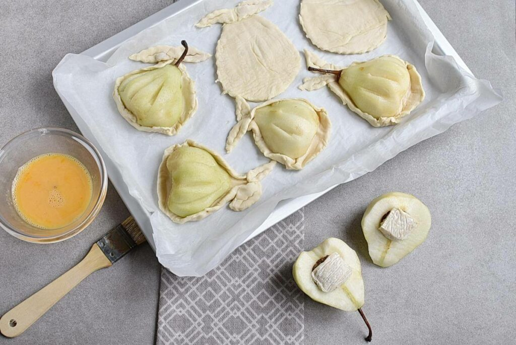Baked Pears in Puff Pastry recipe - step 5