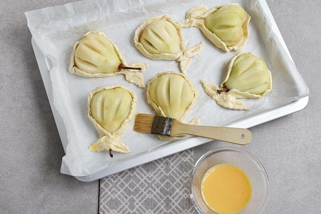 Baked Pears in Puff Pastry recipe - step 6