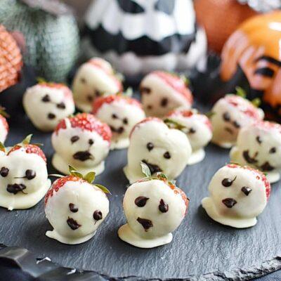 Halloween Ghost Strawberries Recipes– Homemade Halloween Ghost Strawberries –Easy Halloween Ghost Strawberries