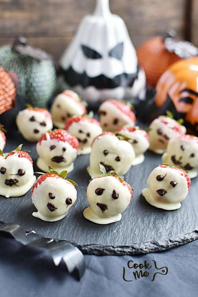 Halloween Ghost Strawberries