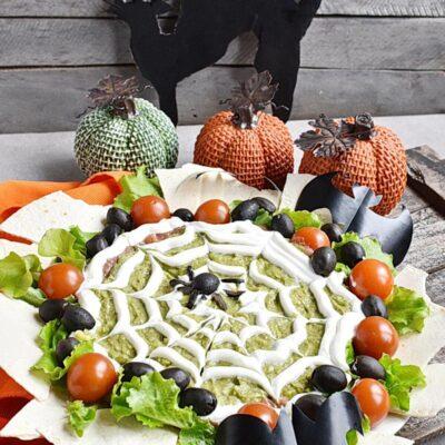Halloween Layered Dip Recipes– Homemade Halloween Layered Dip–Easy Halloween Layered Dip