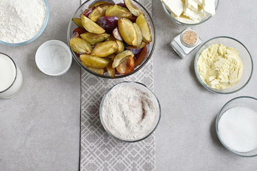 Rustic Plum Biscuit Pie recipe - step 2
