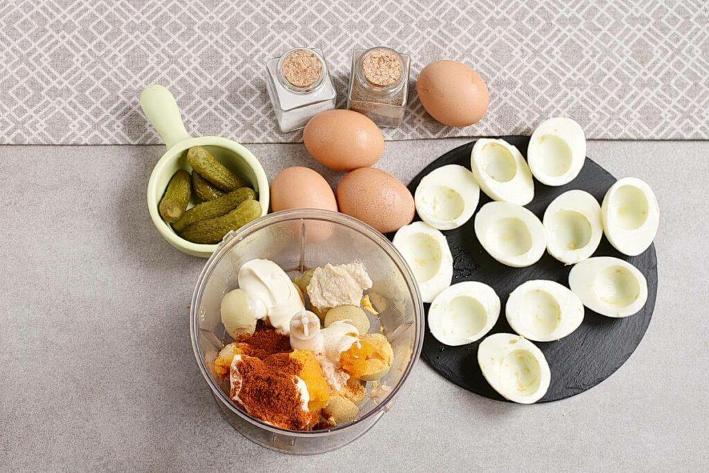 Smokey Pumpkin Deviled Eggs recipe - step 2