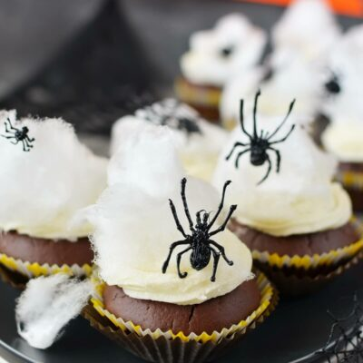 Spider Web Halloween Cupcakes Recipe-How To Make Spider Web Halloween Cupcakes-Delicious Spider Web Halloween Cupcakes