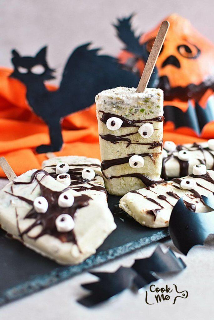 Spooky Halloween Popsicles